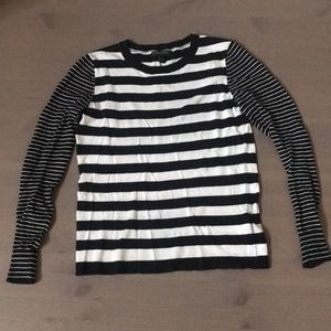 Banana Republic Crewneck Sweater Size XS